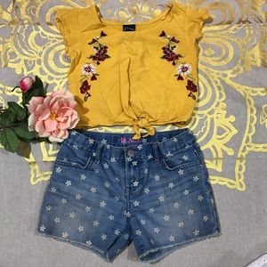 Bundle Blouse And Denim Short (J29)